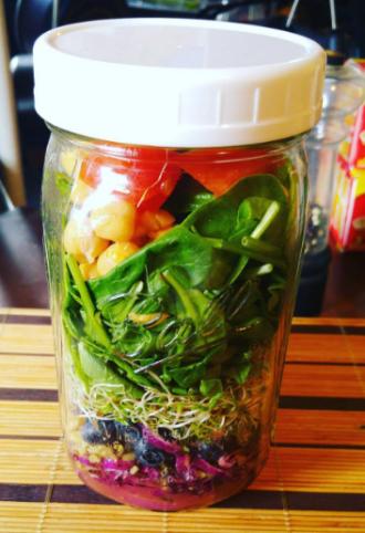 Photo Credit: @lunapeace Salad Jar